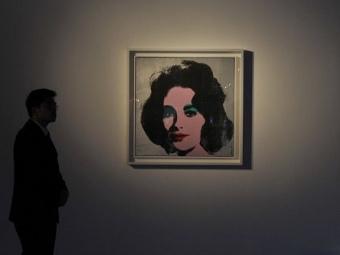 http://img.lenta.ru/news/2011/12/15/taylor/picture.jpg
