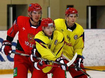 Хоккеисты молодежной сборной России на тренировке. Фото с официального сайта Федерации хоккея России
