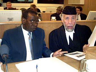 Матье Нгирумпатсе (слева). Архивное фото ©AFP