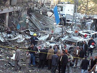 На месте взрыва в Багдаде. Фото ©AP