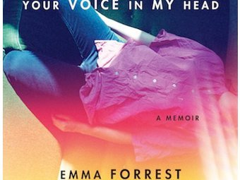 """Фрагмент обложки книги """"Твой голос в моей голове"""""""