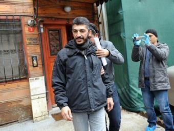 Задержание Мустафы Озера. Фото ©AFP