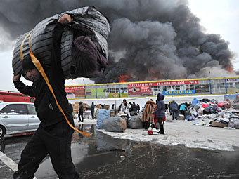 """Пожар в """"Таганском ряду"""". Фото РИА Новости, Павел Лисицын"""