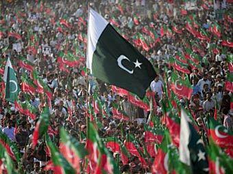 Антиамериканский митинг в Карачи 25 декабря 2011 года. Фото ©AFP