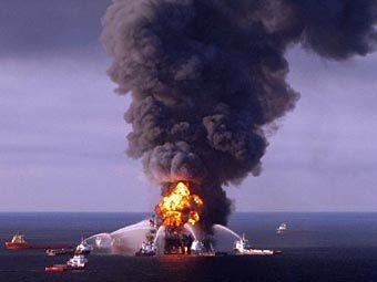 Авария на платформе Deepwater Horizon. Фото из архива ©AFP
