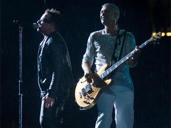 "Концерт U2. Фото ""Ленты.ру"""