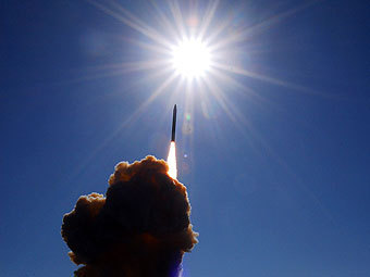 Пуск ракеты-перехватчика с авиабазы Ванденберг. Фото с сайта af.mil