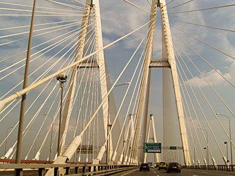 Вантовый мост на КАД. Фото с сайта lifewatch.ru