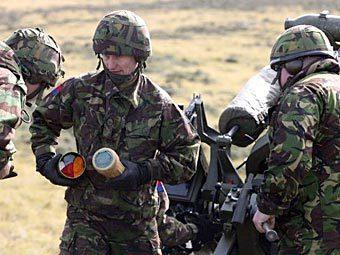Учения британских солдат на Фолклендских островах. Фото ©AFP