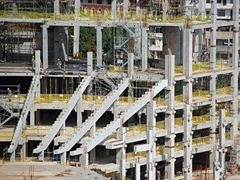 Строительство стадиона для Кубка мира 2014 года в Бразилии. Фото ©AFP