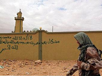 Сторонник НПС в Бани-Валиде. Фото ©AFP