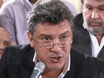 Борис Немцов на заседании оргкомитета шествия 4 февраля. Фото РИА Новости, Валерий Мельников