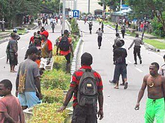 Беспорядки в Папуа - Новой Гвинее. Фото с сайта smh.com.au