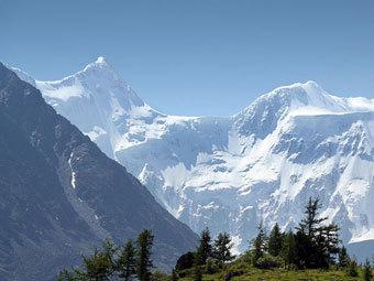 Горы Алтая. Фото Vit Hnevkovsky