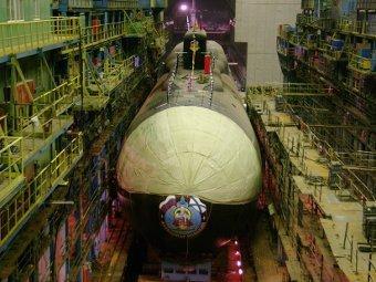 "Главком ВМФ обещал достроить подлодку типа ""Курск"""