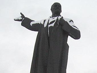 Памятник Ленину. Фото Дмитрий Шипуля
