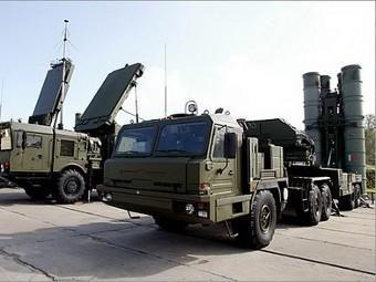 Комплексы С-400 получат новую управляемую ракету в 2012 году