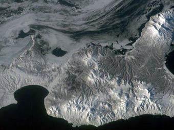 Итуруп. Спутниковый снимок NASA