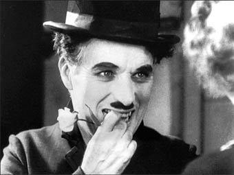 """Чарли Чаплин в фильме """"Огни большого города"""""""