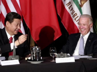 Си Цзиньпин и Джо Байден. Фото ©AFP