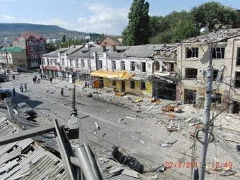 Последствия теракта в Махачкале. Фото пресс-службы СК РФ