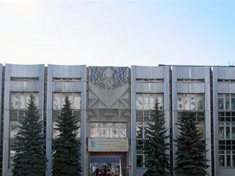Ульяновское высшее авиационное училище. Фото с сайта panoramio.com
