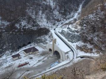 Трасса в районе села Гимры. Фото с сайта moidagestan.ru