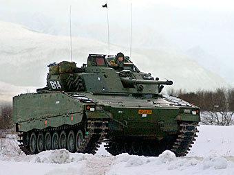 БМП CV-90 ( Фото Gjermis от сайта wikipedia.org)