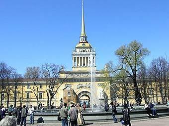Адмиралтейство. Фото с сайта privetspb.ru
