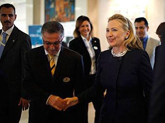 """Хиллари Клинтон на встрече """"Друзей Сирии"""". Фото Reuters"""