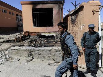 Полицейские на месте взрыва в Афганистане. Архивное фото ©AFP