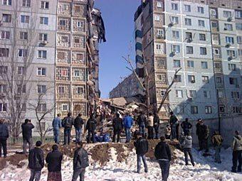 Обрушившийся в результате взрыва дом в Астрахани. Фото с сайта altapress.ru