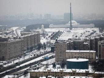 Вид на Кутузовский проспект и Поклонную гору. Фото Алексея Куденко, РИА Новости