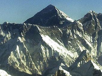 Эверест. Фото ©AFP