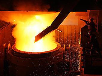 Объединенная металлургическая компания купила завод в Техасе.