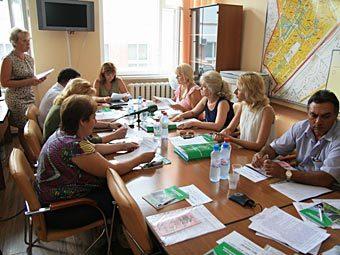 Совещание в управе Лосиноостровского района, докладчица - Ольга Шлейн. Фото с сайта loinfo.ru