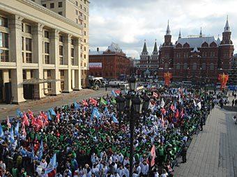 """Митинг движения """"Наши"""" на Манежной площади. Фото РИА Новости, Григорий Сысоев"""