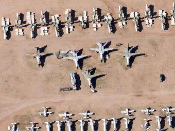 Бомбардировачи  F-111 на площадката AMARG (Фото Google Maps)
