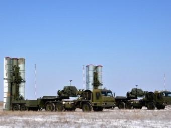 "ЗРК С-400 ""Триумф"". Фото с сайта raspletin.ru"