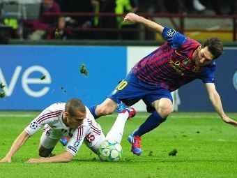 """""""Барселона"""" пожалуется в УЕФА на газон в Милане"""
