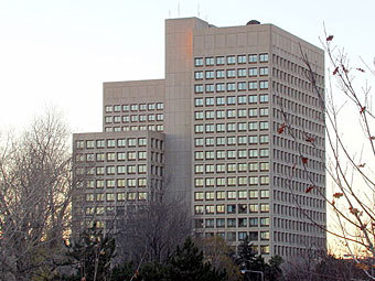 Сградата на канадското МО