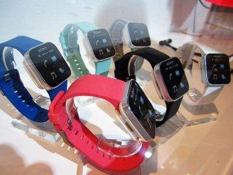 Sony начала продавать часы с функцией чтения SMS