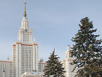 Главное здание МГУ. Фото с официального сайта
