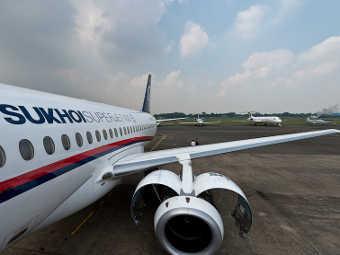 Sukhoi SuperJet-100 в Джакарте. Фото Сергея Доли