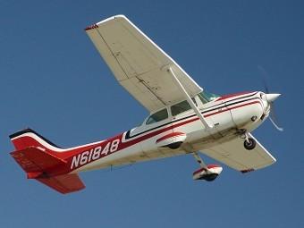Cessna 172. Фото пользователя Intersofia с wikipedia.org