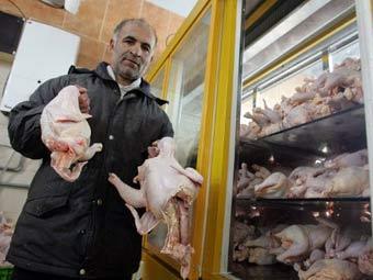 Продажа курицы на иранском рынке. Архивное фото ©AFP