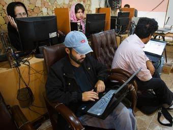 Интернет-кафе в Иране. Фото Reuters