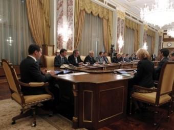 В ходе обсуждения в правительстве России бюджета на 2013 год достигнута окончательная договоренность с Минобороны о...