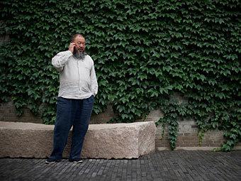 Китайские власти отберут лицензию у фирмы Ай Вэйвэя