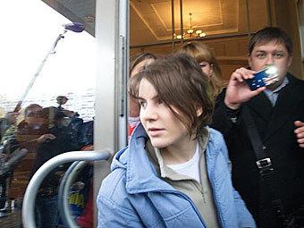Участницу Pussy Riot освободили в зале суда